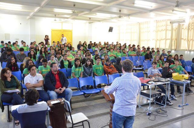 Grêmio Estudantil é reativado na Escola Estadual Coronel José Alves Ribeiro