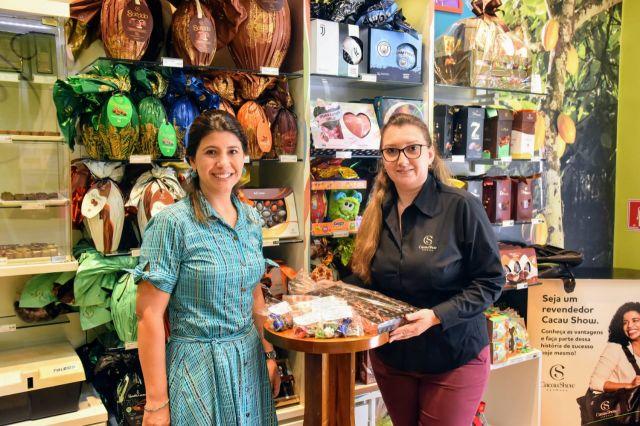 Cacau Show doa chocolates para servidores da saúde em reconhecimento pelo trabalho